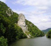 Децебал,статуя на Дунае,Оршова