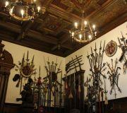 Дворец Пелеш.Зал Европейского оружия