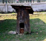 Музей Села оригинальный  домик для собаки :)