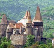экскурсия в замок Корвинов