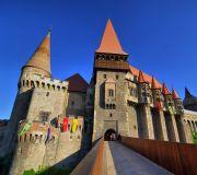 замок Корвинов Трансильвания